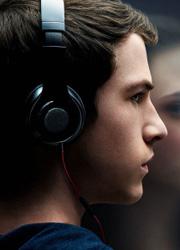 """Netflix объявил дату премьеры сериала """"Тринадцать причин почему"""""""