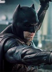 Съемки сольного фильма о Бэтмене отложены