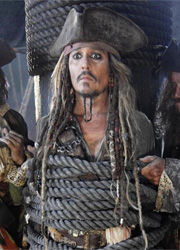 """Джонни Депп отверг сценарий """"Пиратов Карибского моря 5"""" с женщиной-злодейкой"""