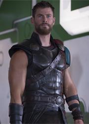 """Создателям фильма """"Тор 3: Рагнарек"""" потребовались мускулистые мужчины"""