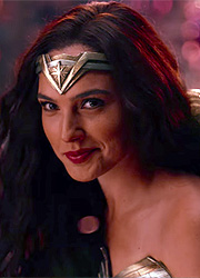 фото новости Warner Bros. выставила Чудо-женщину против Джеймса Бонда