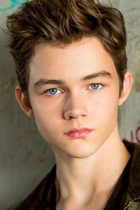 Леви Миллер / Levi Miller