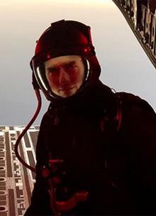 Том Круз прыгнул с высоты 7,5 километров