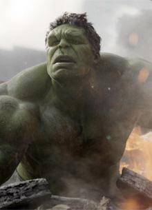 """Режиссеры """"Мстителей 3"""" выбрали победителя в схватке Таноса и Халка"""