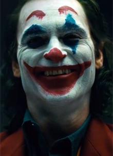 смотреть фильм Хоакин Феникс показал грим Джокера