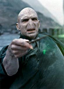 смотреть фильм Рэйф Файнс сыграл Волдеморта ради Марты