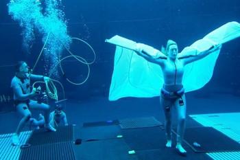 """Продюсер """"Аватара 2"""" показал Кейт Уинслет под водой"""