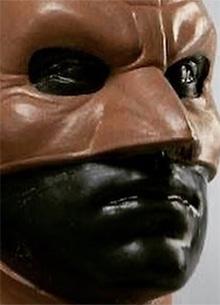 смотреть фильм Представлена маска Бэтмена Арми Хаммера