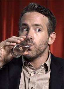 Райан Рейнольдс продал алкогольный бизнес за сотни миллионов