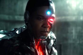 "Рэй Фишер: Руководство Warner Bros. лгало актерам ""Лиги справедливости"""