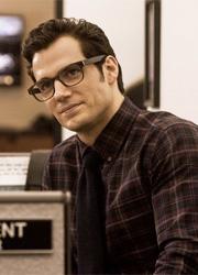 """У фильма """"Бэтмен против Супермена"""" будет версия с рейтингом R"""