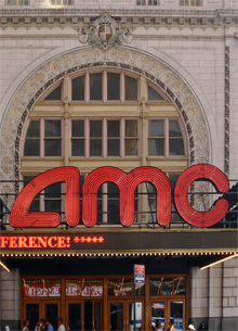 """В Нью-Йорке зрители покинули сеанс """"Джокера"""" из-за агрессивного посетителя"""
