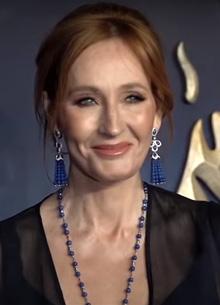 Warner Bros. прокомментировала скандал с Джоан Роулинг