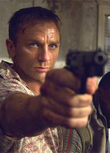 """HBO Max покажет американцам брутальную версию """"Казино Рояль"""""""