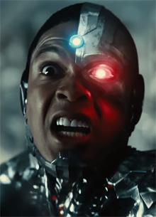 Рэй Фишер вновь потребовал извинений от главы DC Films