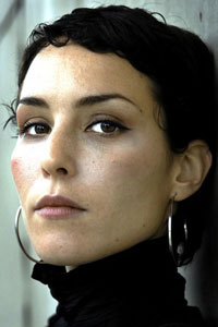 ���� ����� / Noomi Rapace