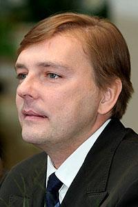 Алексей Геннадьевич Нилов родился в Ленинграде 31-го января 1964 года