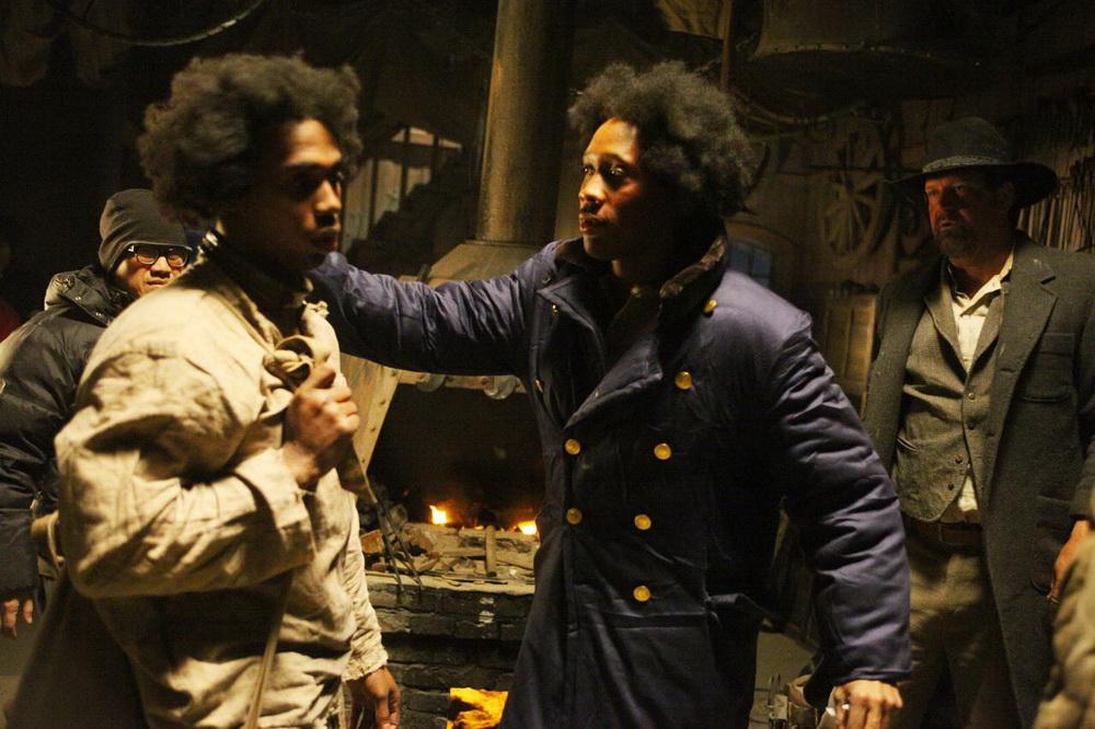 Кадр из фильма железный кулак the man