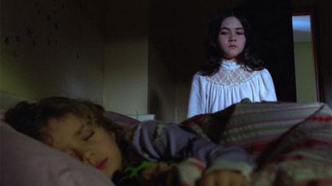 Кадры из фильма смотреть дитя тьмы онлайн